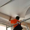 Как правильно монтировать натяжные потолки - полезные советы.
