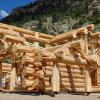 Обрезная доска в строительстве деревянных домов.