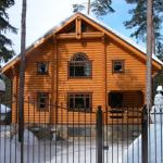 Оцилиндрованное бревно дома