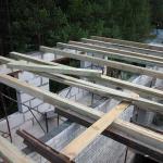 Оптимальный шаг декоративных потолочных балок