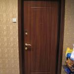Как сделать откосы на дверях?