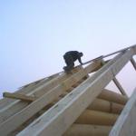 Постройка деревянного потолка