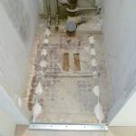 Стяжка в ванной деревянного дома