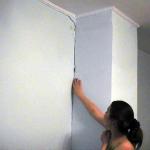 Как штукатурить влажные стены?