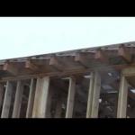 Заменить крышу деревянного дома