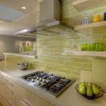 Декоративное оформление стен кухни