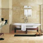 Отделка между стеной и ванной