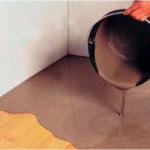 Как сделать заливные полы в доме?
