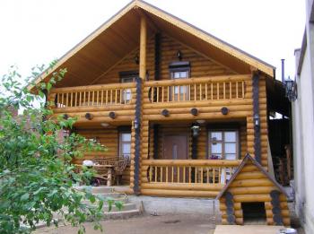 Небольшие дома из оцилиндрованного бревна