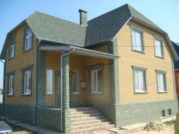 Идеи отделки фасада бревенчатого дома